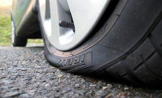 Полуспущенные шины могут стать причиной перерасход топлива