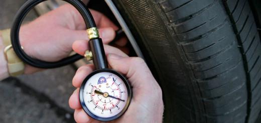 Как проверить давление в шинах правильно? Полезные советы и рекомендации