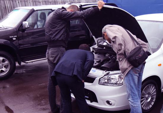 Осмотр машины при покупке