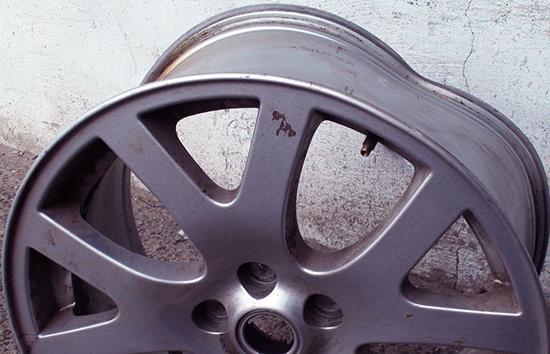 Литые диски требующие ремонта