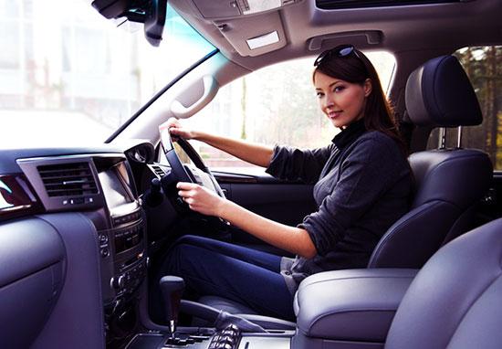Как выбрать автомобиль для женщины? Дельные советы плюс ТОП авто для женщин