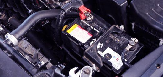 Как проверить уровень электролита в АКБ? Проверка уровня электролита в аккумуляторе разными способами
